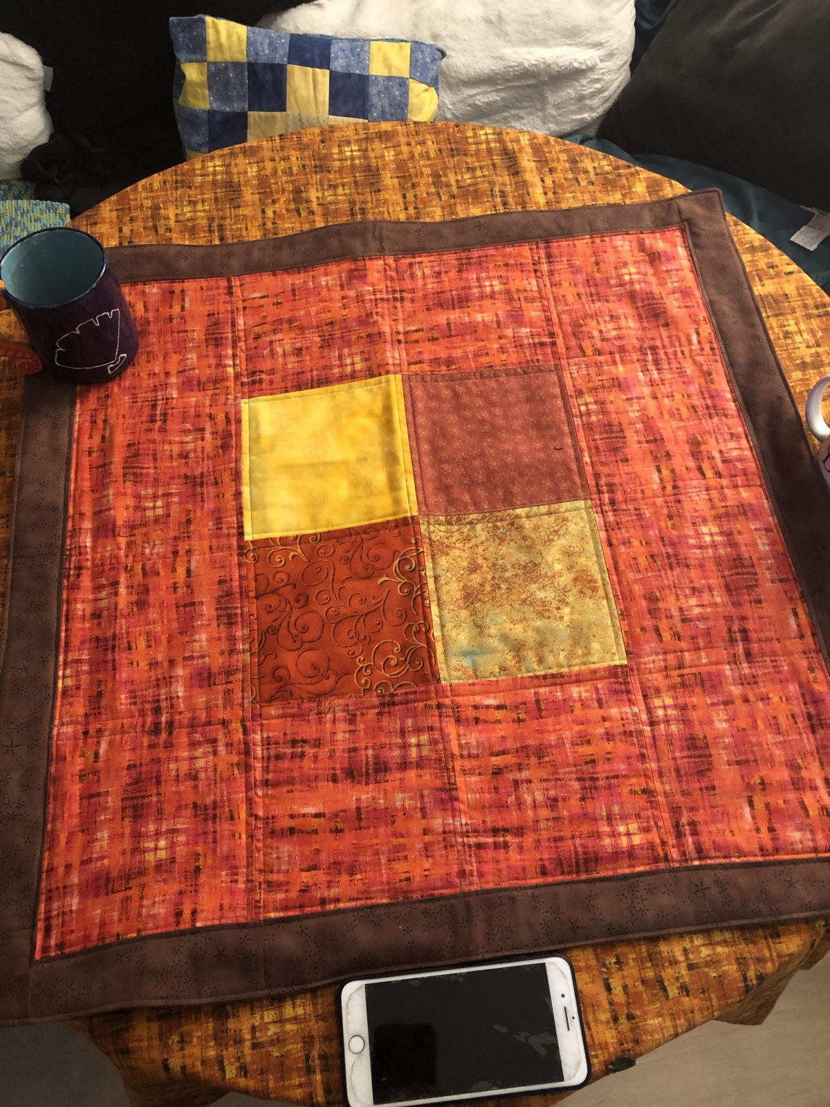 Quilt Diary First Finish Of Quarter 4 Holiday Tablecloths Turkey Wooly Mug Rugs Quilts Adventures